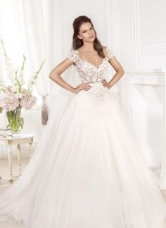 Tarik Ediz White Archives - Page 2 of 2 - Morgan Davies Bridal Mermaid Dresses, Bridal Dresses, Bridesmaid Dresses, Stunning Wedding Dresses, Beautiful Dresses, Elegant Dresses, Wedding Bride, Wedding Gowns, Wedding Ideas