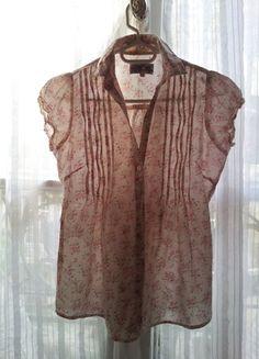 A vendre sur #vintedfrance ! http://www.vinted.fr/mode-femmes/blouses-and-chemises/16108604-jennyfer-petit-chemisier-sans-manches-fleuri-coton