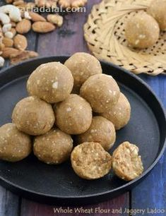 Whole Wheat Flour and Jaggery Ladoo 😗 Kid or adult, none can resist these aromatic, tasty, melt-in-the-mouth laddoos made of whole wheat… Indian Dessert Recipes, Indian Sweets, Indian Snacks, Sweets Recipes, Baby Food Recipes, Snack Recipes, Cooking Recipes, Diwali Recipes, Diwali Snacks