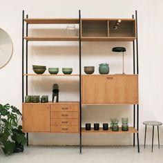 Custom Furniture, Find Furniture, Home Furniture, Regal Retro, Vintage Shelving, Retro Sideboard, Retro Living Rooms, Living Room Decor Colors, Muebles Living
