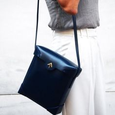 PRISTINE as it is...NAVY !! MANU Atelier Handcrafted Leather Goods, Handbags