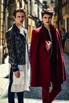 Jules Raynal & Alexander Ferrario ph Oli Kearon for Flaunt Men Fashion Show, Mens Fashion, Alexander Ferrario, Mens Cape, Mode Style, Men's Style, Gentleman Style, Men's Wardrobe, Dress Codes