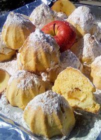ΜΑΓΕΙΡΙΚΗ ΚΑΙ ΣΥΝΤΑΓΕΣ 2: Μηλοπιτάκια !!!! Apple Recipes, My Recipes, Cooking Recipes, Biscotti Cookies, Cake Cookies, Greek Pastries, Greek Sweets, Pastry Art, Baking And Pastry