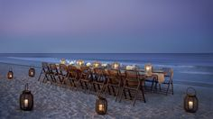 Awesome table setting and dining at the beach! (The Ritz-Carlton, Amelia Island, Florida)