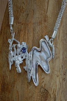 Song of the Sea Nymph - Art Jewelry Magazine - Jewelry Projects and Videos on Metalsmithing, Wirework, Metal Clay