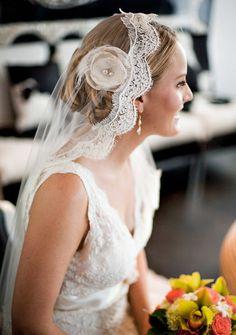 The veil is soo pretty. Lace Wedding Dress, Wedding Veils, Wedding Shoot, Wedding Dresses, Hair Wedding, Wedding Flowers, Perfect Wedding, Dream Wedding, Wedding Day