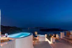 Where to stay in Santorini? 10 most amazing hotels for your next holiday! Greece Honeymoon, Honeymoon Vacations, Honeymoon Suite, Romantic Honeymoon, Romantic Getaway, Best Hotels, Amazing Hotels, Hotels In Santorini Greece, Dana Villas