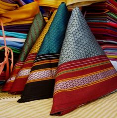 The tradional khand Choli with any contrant coloured cotton silk saree would look of so beautiful!