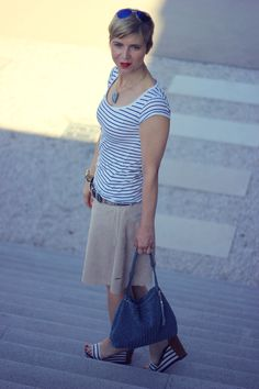 Leather skirt and stripes...  perfect for summer <3