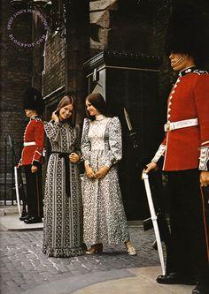 SWEET JANE: The Maxi Look - London 1970 #1970s #fashion