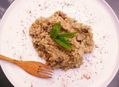 Houbove risotto Risotto, Grains, Rice, Ethnic Recipes, Food, Essen, Meals, Seeds, Yemek