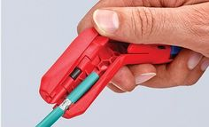 Knipex releases a universal dismantling tool