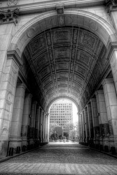 Archway at 10 Centre Street, Manhattan