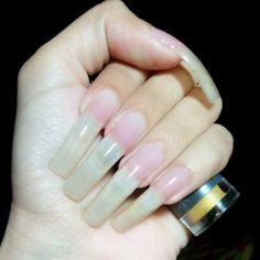 Sexy Nails, Love Nails, Pretty Nails, Long Red Nails, Long Fingernails, Long Natural Nails, Secret Nails, Nail Garden, Curved Nails