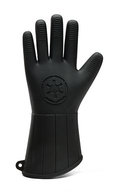 Star Wars Oven Mitts http://geekxgirls.com/article.php?ID=5734