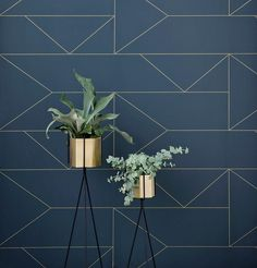 Ferm Living's Lines wallpaper is adorned by delicate golden lines, which have been created with traditional printing techniques from the early century. The stylish, geometric pattern was inspired by the classic Art Deco style. Lines Wallpaper, Print Wallpaper, Decor Interior Design, Interior Decorating, Living Room Decor Inspiration, Living Room Colors, Art Deco Living Room, Dark Blue Living Room, Dark Blue Walls