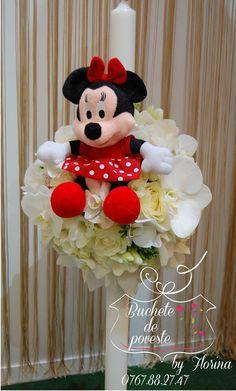 Lumanare botez fetita cu flori albe si Minnie Crystal