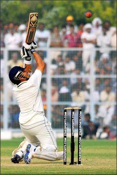 Sachin Tendulkar tries upper cut during