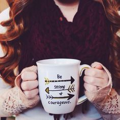 Cheap & Easy DIY Christmas Gift: Positive Quote Sharpie Mug DIY  | TrendHungry.com