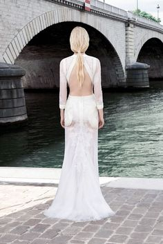 Backless white gown Givenchy