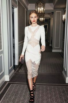 Kate Bosworth media gallery on Coolspotters. See photos, videos, and links of Kate Bosworth. Kate Bosworth, Mode Chic, Mode Style, Look Fashion, Fashion Beauty, Dress Fashion, Classic Fashion, Fashion Outfits, Rosie Huntington Whiteley