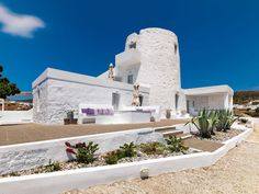 The Windmill Kimolos, your boutique windmill hotel by the Aegean Sea ., The Windmill Kimolos, your boutique windmill hotel by the Aegean Sea . Greece Today, Mansion Rooms, Mykonos Villas, Old Windmills, Greece Hotels, Great Hotel, Hotels And Resorts, Small Hotels, Exterior