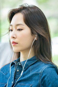 Korean Actresses, Actors & Actresses, Korean Celebrities, Celebs, Seo Hyun Jin, Krystal Jung, Beauty Inside, Best Face Products, Park Shin Hye