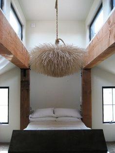 pretty and feminine bedroom design. Pouf chandelier. Blush