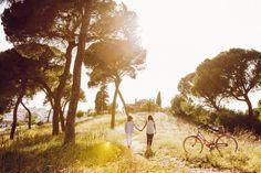 Caminando ;) On the way ;)  www.dobleluz.com   #boda #amor #preboda #fotografos #sevilla #fotografosdeboda #fotografiaboda #fotosbodaespaña #wedding #love #lovesession #photographers #seville #weddingphotographers #weddingphotography #weddingspain #fotografosbodaespaña