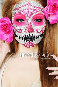 Sparkle in solid rhinestones! Love this tutorial for a Dia de los Muertos crystal skull. Got to try this makeup! - 20 Day of the Dead Makeup Ideas