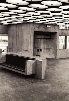 Depressing design, like a bench you'd be chained to waiting for trail. Whitney Museum of American Art by Marcel Breuer. Manhattan, New York City. #awfularchitecture