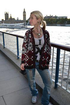 Ethnic pattern knitwear