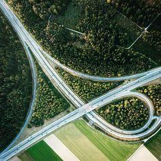 OUT IN THE GREEN #chtisherzog #highway #autobahn #autobahnkreuz #green #grün #forest #trees #nature #swtzerland #schweiz #drone #aerial #birdview