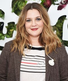 """Drew Barrymore Reflects On Childhood Fame, Drug Use: """"It Was A Total Recipe For Disaster"""" Drew Barrymore Hair, Drew Barrymore Style, Barrymore Family, Trending Haircuts, Long Layered Hair, Hot Actresses, Celebrity Crush, American Actress, Hair Goals"""