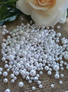 400 Pcs No Hole Pearl Beads White Size Confetti Table Ters