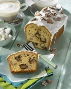 Marzipan-Kastenkuchen mit Mandeln