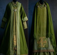 Savelyeva Ekaterina...would loves something similar in heathered forest green and with turquoise with purples embroidery. Silk trim in a greyish green.