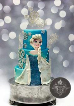 Elsa from disney frozen cake
