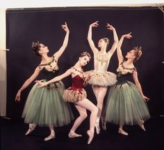 """New York City Ballet - Studio photo of (L-R) Mimi Paul, Patricia McBride, Suzanne Farrell and Violette Verdy in """"Jewels"""", choreography by George Balanchine (New York)"""