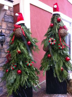 sapins de Noel exterieurs Christmas Stuff, Christmas Ideas, Christmas Wreaths, Christmas Tree, Advent, Holiday Decor, Home Decor, Gardens, Center Table