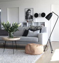Scandinavische stijl tafel | Mater bowl table | natuurlijk mangohout | ronde salontafel
