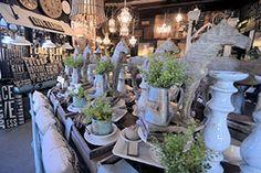 Virtual Shopping Tour: LaurieAnna's Vintage Home