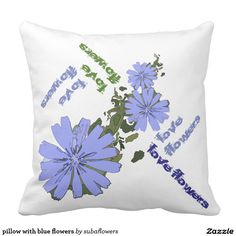 pillow with blue flowers kussen