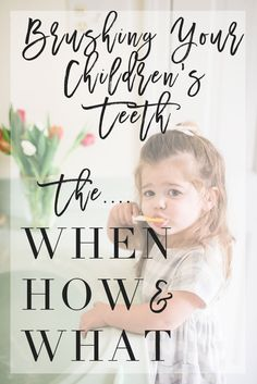 When you should start brushing your baby's teeth, how you should do it and what you can use!