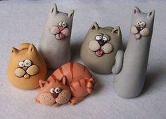 Clay art ideas for kids fimo ideas Polymer Clay Kunst, Polymer Clay Cat, Polymer Clay Figures, Polymer Clay Animals, Polymer Clay Projects, Polymer Clay Jewelry, Ceramic Animals, Crea Fimo, Clay Cats