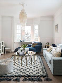 〚 Scandinavian home at its best 〛 ◾ Photos ◾Ideas◾ Design Blue Living Room Decor, Home Decor Bedroom, Interior Design Magazine, Best Interior Design, Classic Furniture, Modern Furniture, Sweden House, Home Comforts, Scandinavian Home