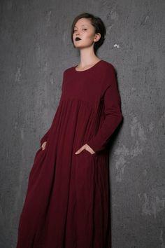 Red Linen Dress – Long Burgundy Loose-Fitting Long-Sleeved Designer Dress with Pockets Plus Size Clo Women's Dresses, Linen Dresses, Maternity Dresses, Plus Size Dresses, Plus Size Outfits, Casual Dresses, Vintage Outfits, Look Plus, Everyday Dresses