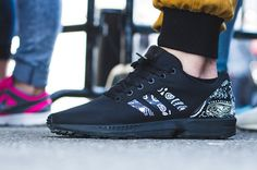 purchase cheap bf1cb 8b2c1 Custom Jobs Adidas Zx Flux White, Outfit Combinations, Beautiful Shoes, All  Black Sneakers