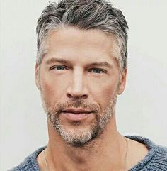 mens hairstyles for 40 somethings