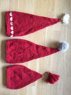 i omkreds år ca i omkreds år 46 cm i omkreds Knitting For Charity, Knitting For Kids, Knitting Yarn, Baby Knitting, Crochet Baby, Knit Or Crochet, Baby Christmas Hat, Christmas Knitting, Knitted Headband